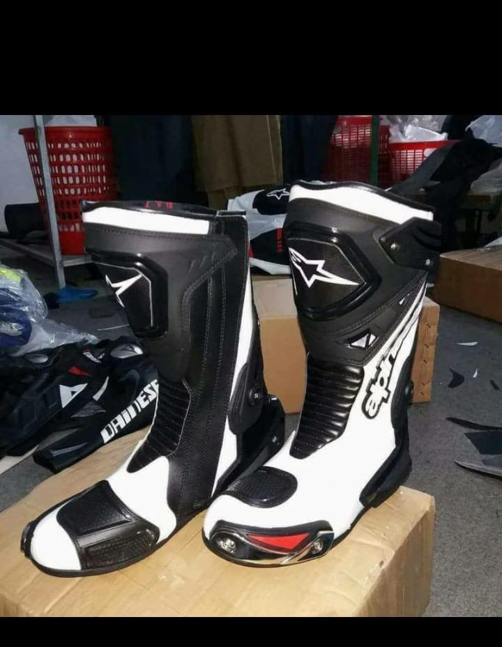 Top Facts Why Motorcycle Boots are good for you